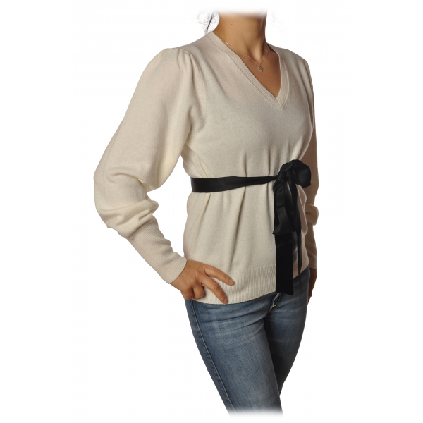 Twinset - V-Neck Sweater with Belt in Contrasting Color - White - Knitwear - Made in Italy - Luxury Exclusive Collection