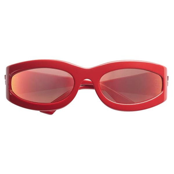 Bottega Veneta - Oval Sunglasses - Red - Sunglasses - Bottega Veneta Eyewear