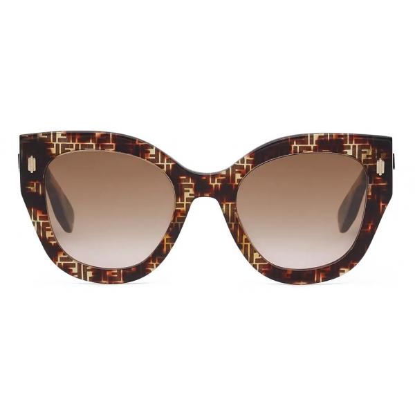 Fendi - Fendi Roma - Occhiali da Sole Cat-Eye - Havana - Occhiali da Sole - Fendi Eyewear
