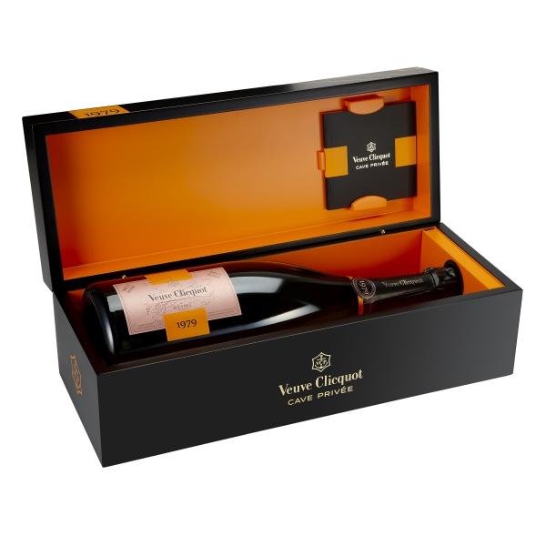 Veuve Clicquot Champagne - Cave Privée Rosé - 1979 - Magnum - Wood Box - Pinot Noir - Luxury Limited Edition - 1,5 l