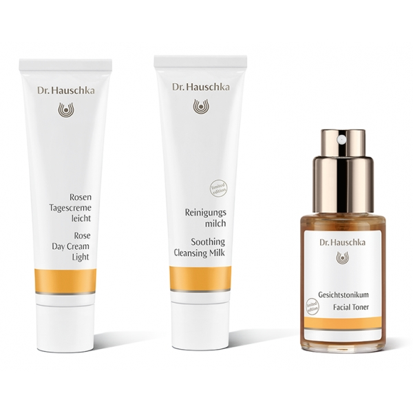 Dr. Hauschka - Radiant Rose Light - Hydrate, Harmonise and Soothe - Professional Luxury Cosmetics