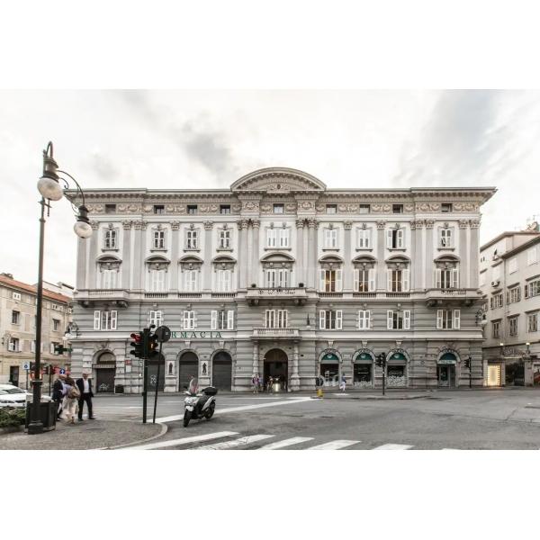 Palazzo Diana Exclusive Mansion - Appartamento Luxury - Trieste - Italia - 4 Giorni 3 Notti