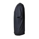 C.P. Company - T-Shirt Basica con Tasca Anteriore - Blu - Luxury Exclusive Collection
