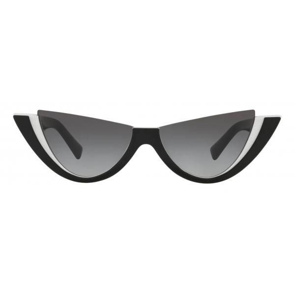 Valentino - Occhiale da Sole Cat-Eye in Acetato con Roman Stud - Bianco Nero - Valentino Eyewear
