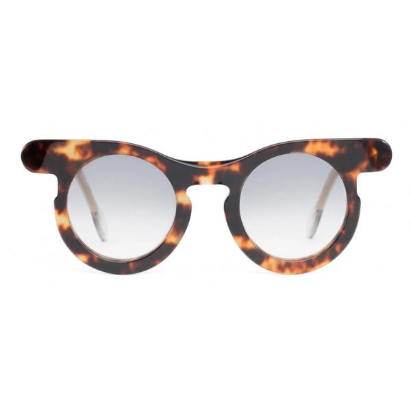 Potrait Eyewear - Lori Tortoise (C.03) - Sunglasses - Handmade in Italy - Exclusive Luxury Collection
