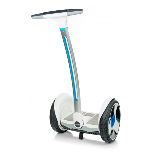 Segway - Ninebot by Segway - E+ - White - Hoverboard - Self-Balanced Robot - Electric Wheels