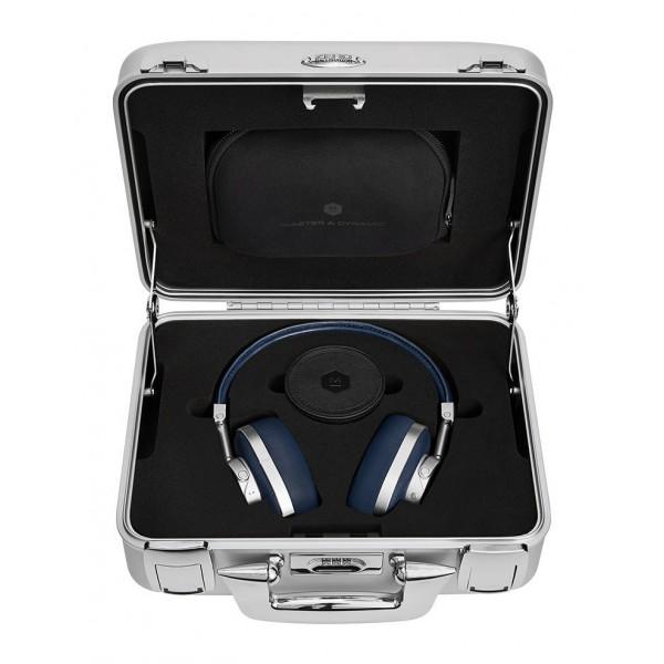 Master & Dynamic - MW60 - Halliburton Case - Metallo Argento / Pelle Navy - Cuffie Auricolari Premium Wireless di Alta Qualità