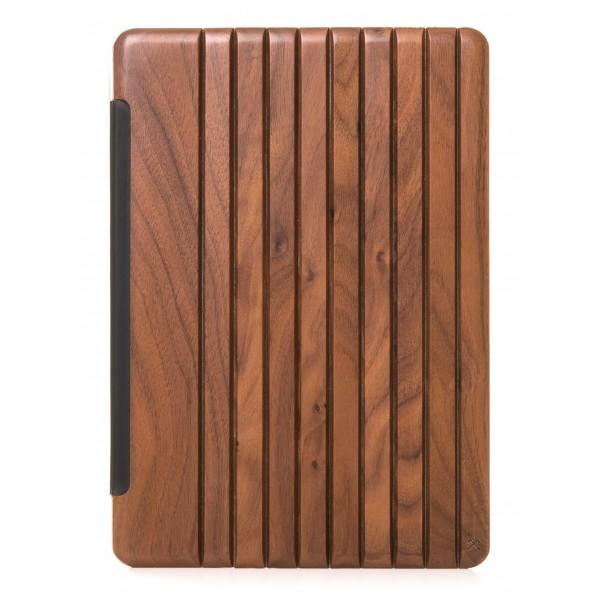 Woodcessories - Noce / Pelle / Copertina Trasperente Rigida - iPad 2017 - Custodia Flip - Eco Guard Metallo e Legno