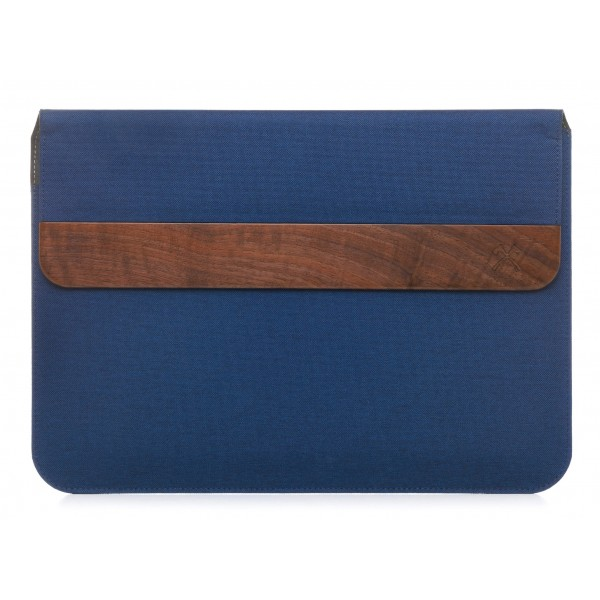 Woodcessories - Walnut / Blue Navy Leather / MacBook Bag - MacBook 15 Pro Ret - Eco Pouch Case - Wooden MacBook Bag