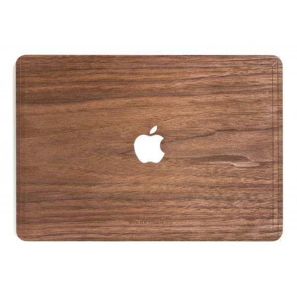 Woodcessories - Noce / MacBook Skin Cover - MacBook 13 Pro Touchbar - Eco Skin - Apple Logo - Cover MacBook in Legno
