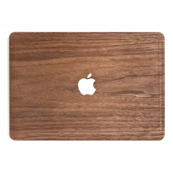 Woodcessories - Walnut / MacBook Skin Cover - MacBook 15 Pro Touchbar - Eco Skin - Apple Logo - Wooden MacBook Cover