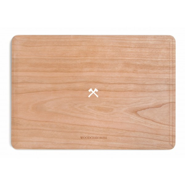 Woodcessories - Cherry / MacBook Skin Cover - MacBook 15 Pro Touchbar - Eco Skin - Axe Logo - Wooden MacBook Cover