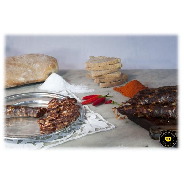 Nero di Calabria - Salsiccia Rossa Piccante - Salumi Artigianali - Tradizione Calabra - 340 g