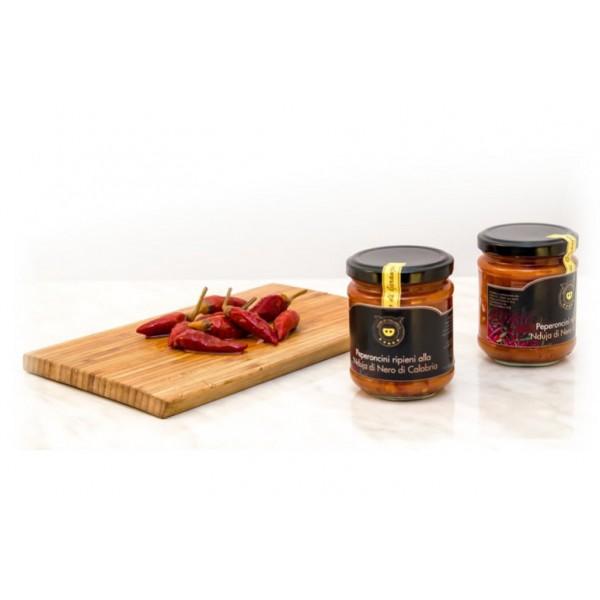 Nero di Calabria - Peperoncini Ripieni di 'Nduja - Conserve Artigianali - Tradizione Calabra - 180 g