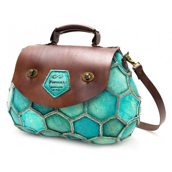 PangaeA - AfricA Model - PangaeA Bag - Artisan Leather Casual Handbag