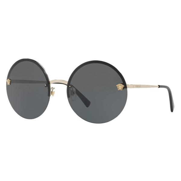 04c4e2c00883 Versace - Sunglasses Versace Mirror Medusa - Black - Sunglasses - Versace  Eyewear - Avvenice