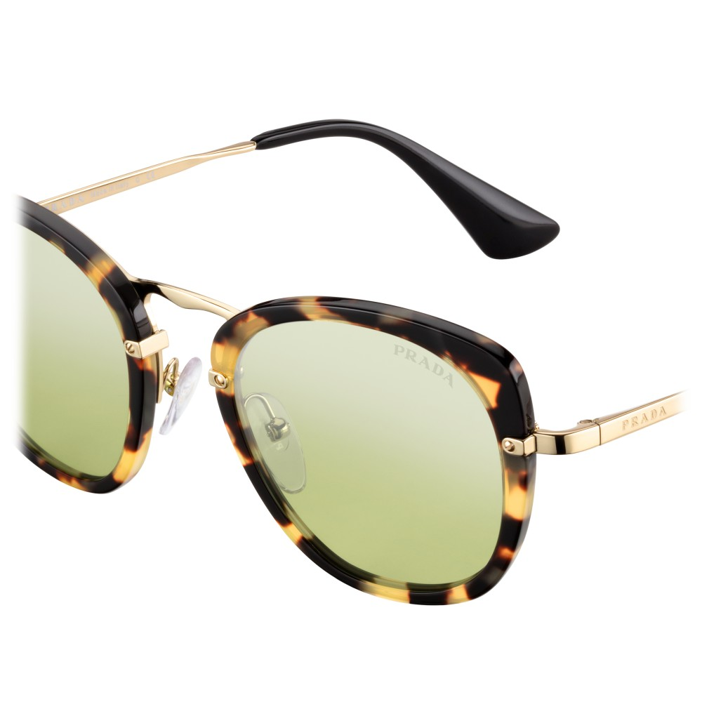 be2496bb9f ... Prada - Prada Wanderer - Tortoise Medium Square Sunglasses - Prada  Wanderer Collection - Sunglasses ...