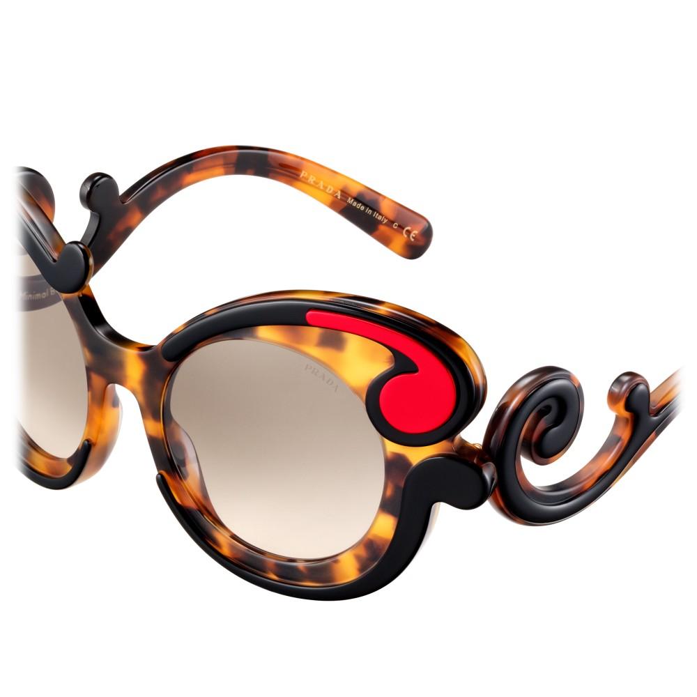 ce9a34d342 ... Prada - Prada Minimal Baroque - Caramel Turtle Fire Round Sunglasses - Prada  Collection - Sunglasses ...