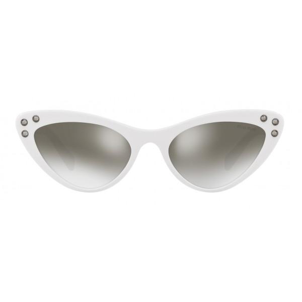 Miu Miu - Occhiali Miu Miu da Sfilata con Cristalli - Cat Eye - Bianchi Antracite Argento - Occhiali da Sole - Miu Miu Eyewear