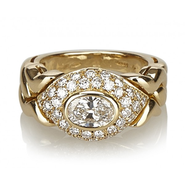 Bulgari Vintage - 18K Diamond Ring - Bvlgari Ring in Yellow Gold with Oval Diamond Heart - Luxury High Quality