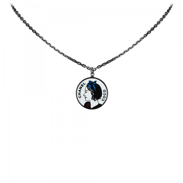 Chanel Vintage - Round Pendant Necklace - Silver - Necklace Chanel - Luxury High Quality
