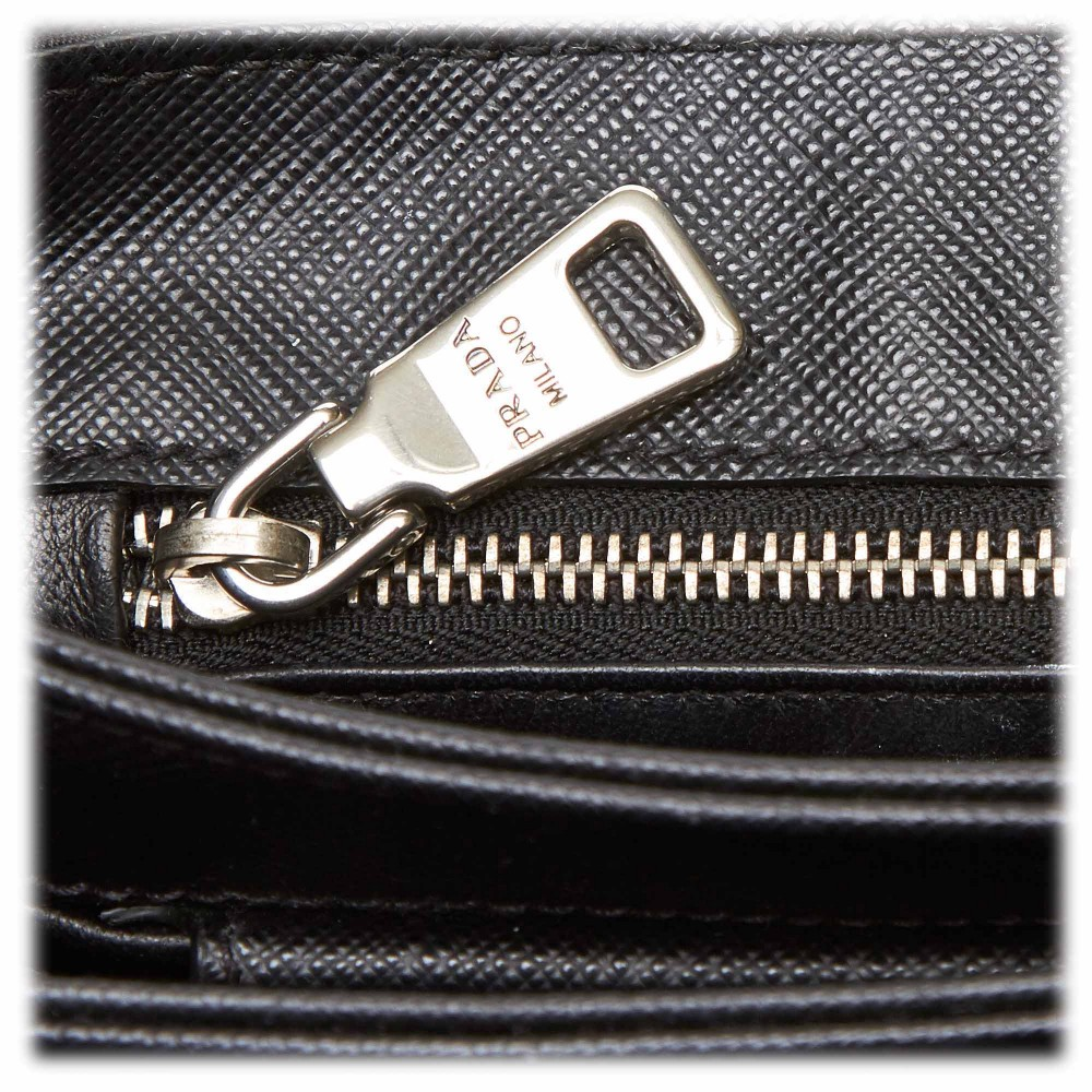 Prada Vintage Nylon Crossbody Bag Nero Borsa in Pelle