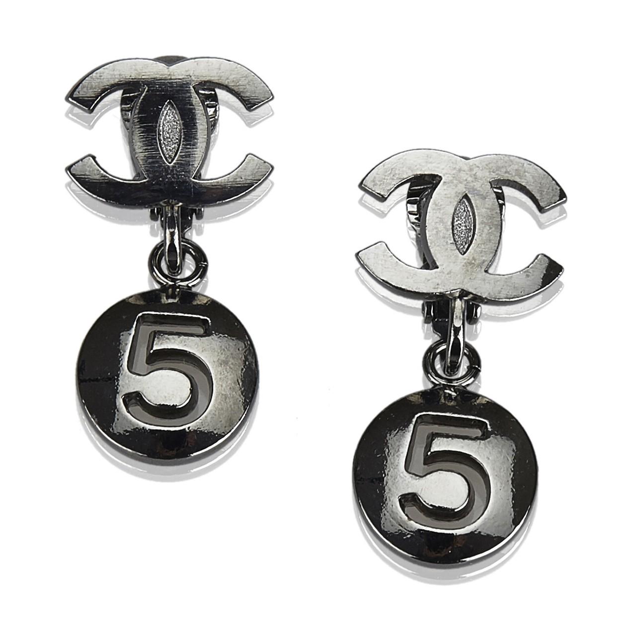 migliore online nuovi prodotti caldi ultimo stile del 2019 Chanel Vintage - CC No. 5 Drop Earrings - Argento ...