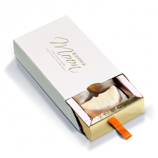 Orange Moon - White - Orange Moon White - Candied Orange Slices Covered White Chocolate - 100 g