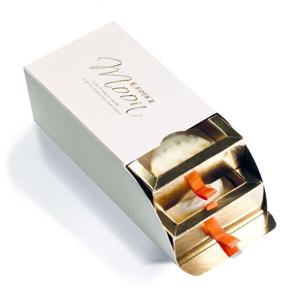 Orange Moon - White - Orange Moon White - Candied Orange Slices Covered White Chocolate - 200 g