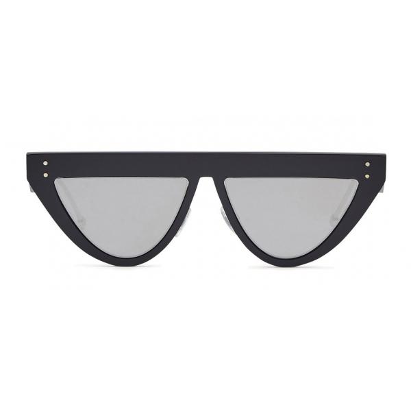 Fendi - DeFender - Occhiali da Sole Flat Top - Neri - Occhiali da Sole - Fendi Eyewear