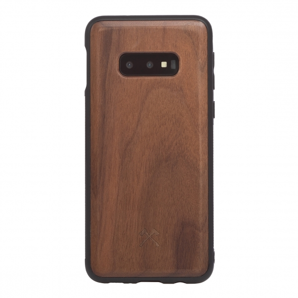Woodcessories - Eco Bumper - Walnut Cover - Black - Samsung S10e - Wooden Cover - Eco Case - Bumper Collection