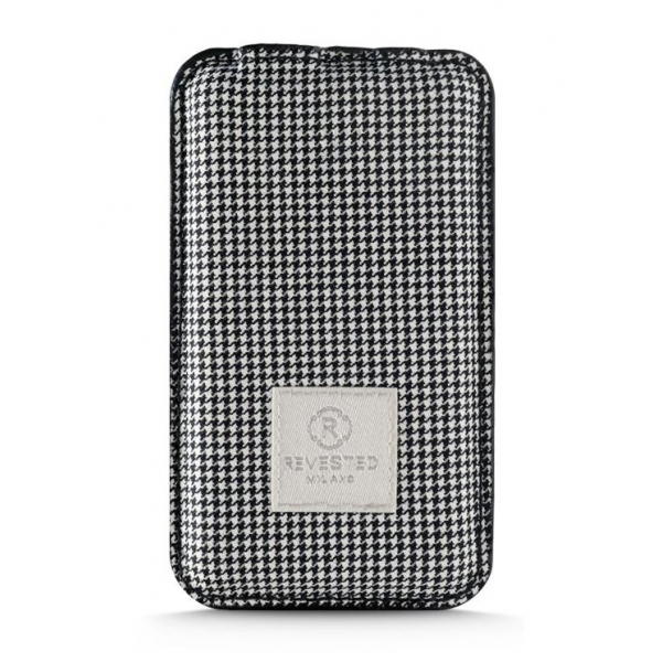 Revested Milano - Houndstooth - Power Bank - 4000 mAh - iPhone - Apple - Samsung - Artisan Fabric Cover