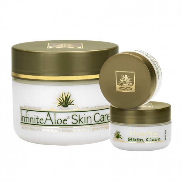 InfiniteAloe - Skin Care - Original Formula - Crema Luxury Biologica - Aloe Vera - Anti-Aging - Cruelity Free - Kit
