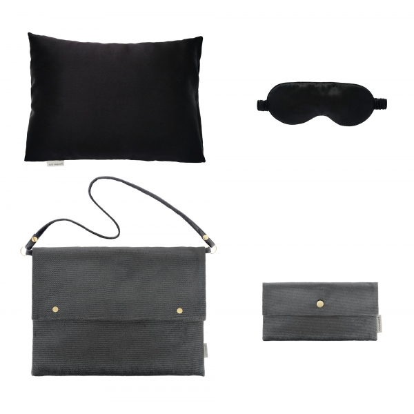 by Dariia Day - Silk Travel Set - Black Midnight - Bedding - Home - Mulberry Silk - Artisan Silk Pillowcase - Luxury