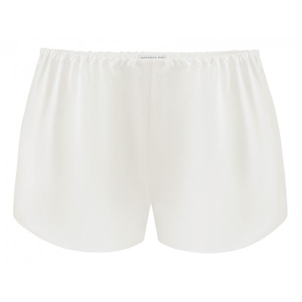 by Dariia Day - Shorts in Seta - Bianco Polvere - Fashion - New Collection - Seta Gelso - Shorts Artigianali - Luxury