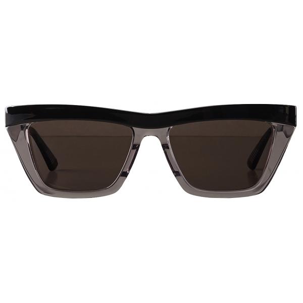 Bottega Veneta - D-Frame Sunglasses - Black Grey - Sunglasses - Bottega Veneta Eyewear