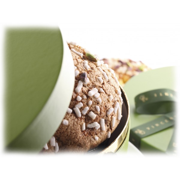 Vincente Delicacies - Panettone with Sicilian Pistachio, Pineapple and Apricot - Les Fruits - Artisan in Hatbox