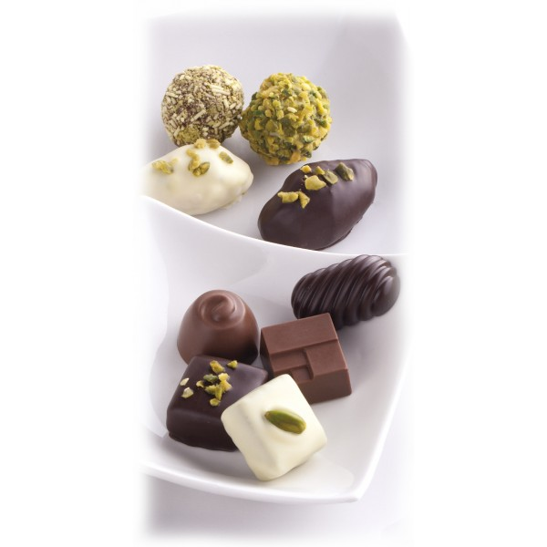 Vincente Delicacies - Soft Ganache of Green Pistachio from Bronte P.D.O. with Chocolate and Dried Figs - Maravilha Kalhura