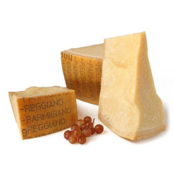 La Fattoria di Parma - Parmigiano Reggiano PDO Minimum Seasoning 24 Months - Artisan Cured Meats - 1200 g