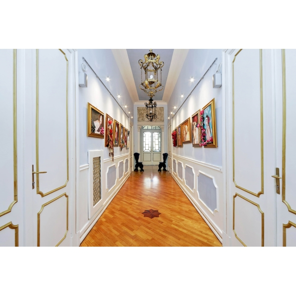 Domus Monamì Luxury Suites - Discovering Rome - 4 Days 3 Nights - Suite Cesare / Adriano - Rome Exclusive Luxury