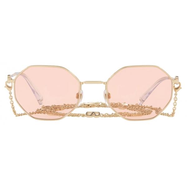 Valentino - Occhiale da Sole Ottagonale in Metallo con Catena Vlogo Signature - Oro Rosa - Valentino Eyewear