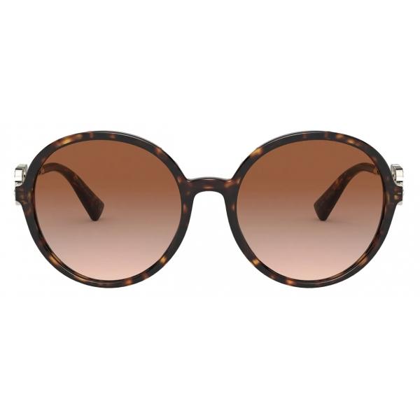 Valentino - Occhiale da Sole Tondo in Acetato Vlogo Signature Cristalli - Havana Marrone - Valentino Eyewear